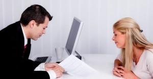 Dentro del ejemplo de solicitud, el documento se  entrega personalmente con la persona indicada y en ocasiones pueden hacer alguna observación para que mejore la solicitud de acuerdo a sus reglas de quien va a recibrla.