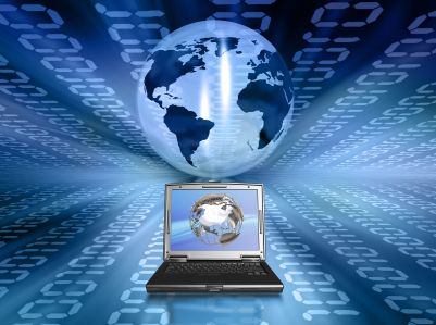 Ejemplos de software son los de sistema que puede  permitir estar enlazada un compañia sin importar en que parte del mundo se encuentre las sucursales.
