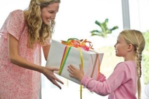 Sentir gratitud y no expresarla es como envolver un regalo y no darlo | Ejemplos de