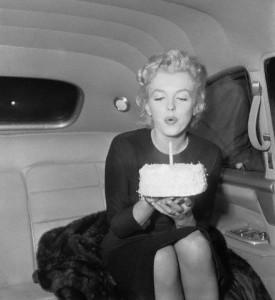 Frases de cumpleaños con propiedad | Ejemplos de