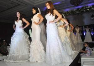 Cómo organizar una boda Cuatro meses antes el vestido de novia