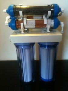 Agua ionizada:  Cómo se ioniza
