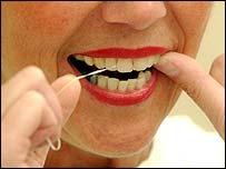 Lengua amarilla y Una higiene bucal inadecuada