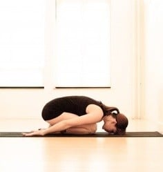 Posiciones de yoga para principiantes: Postura del bebé