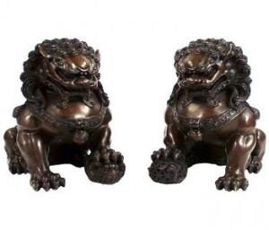Amuletos de la suerte De la cultura oriental