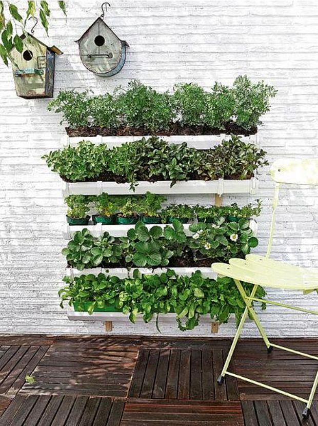 C mo hacer jardines verticales ejemplos de for Astillas de madera para jardin