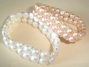 Cómo hacer pulseras de perlas