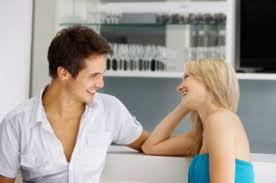 Cómo saber si le gustas a una mujer