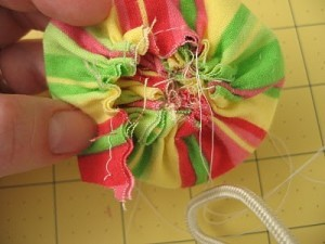 Ruffled-Fabric-Flower-Pin-8a